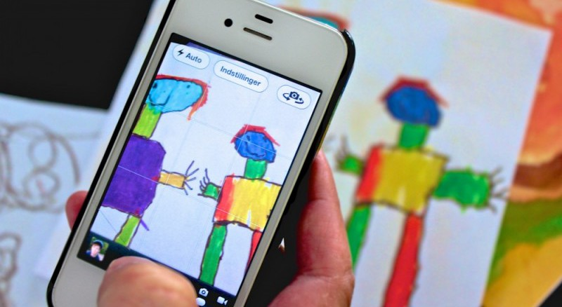 Børnetegninger til fotobog taget med iPhone